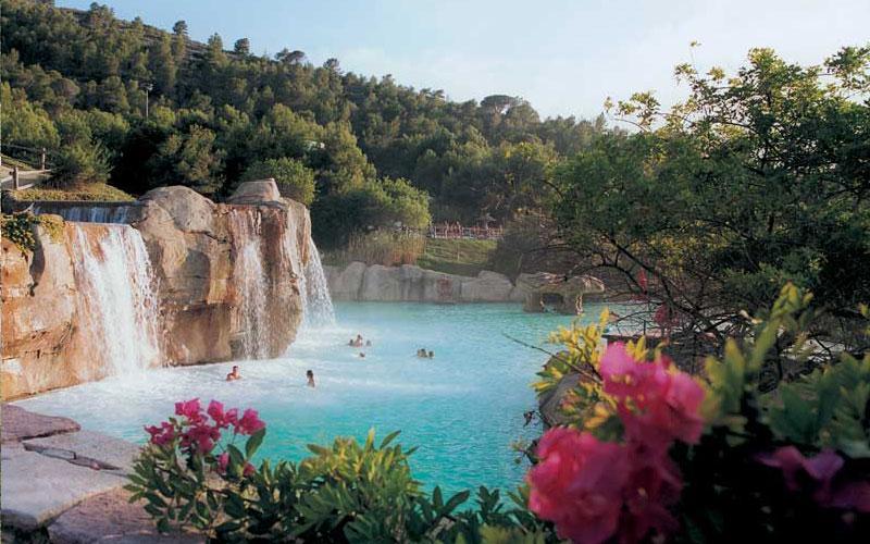 pool aqualandia benidorm